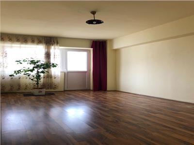 Apartament 4 camere de vanzare Titan la 4 minute de parcul Titanii