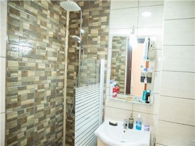 Apartament 4 camere de vanzare Titan zona metrou Costin Georgian