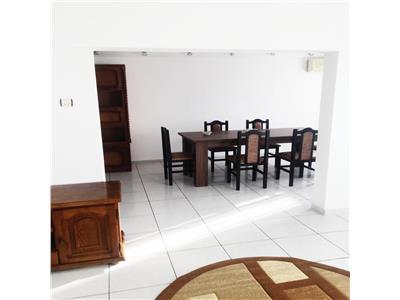 Apartament 4 camere drumul sarii (2 dormitoare, living si dining room)