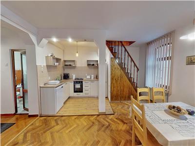 Apartament 4 camere in centrul vechi! - comision 0 pentru cumparator!