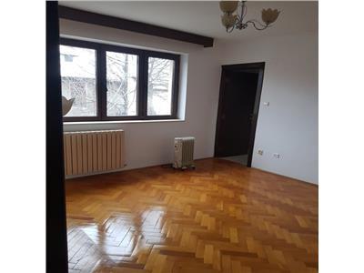 Apartament 4 camere nemobilat, bloc Nou, Grozavesti-Regie
