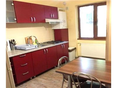 Apartament 4 camere partial mobilat, utilat la 2 minute gara de nord