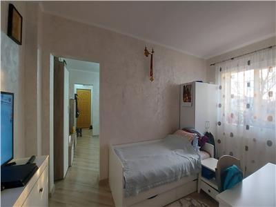 Apartament 3 camere, complet renovat, mobilat si utilat!
