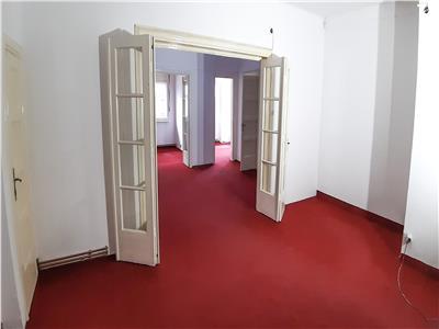Apartament 4 camere nemobilat Universitate-Rosetti 10 min.metrou