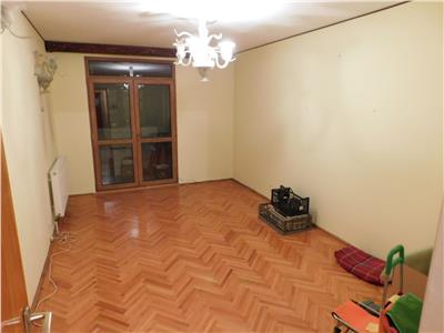 Apartament 4 camere P/4 bloc H - Scoala 195 - Parc Titan