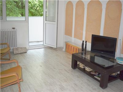 Apartament 4 camere, after school,cabinet stomatologic,firma,locuinta.