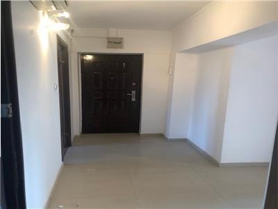 Apartament 4 camere, pentru birouri sau alte activitati, zona Centrala
