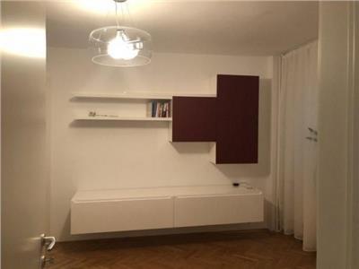 Apartament 4 camere proaspat renovat Mosilor