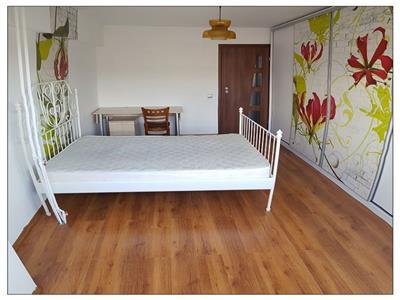 Apartament 4 camere stefan cel mare decomandat, mobilat si utilat