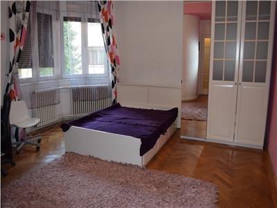 Apartament 4 camere, Zona Victoriei, Occidentului,birou sau locuinta