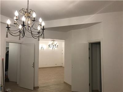 Apartament 5 camere universitate-piata c.a.rosetti