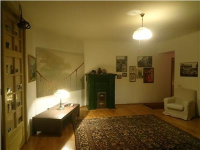 Apartament 3 camere 75 mp in vila inchiriere parc cismigiu