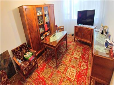 Apartament cu 2 camere decomandate in aleea carpati