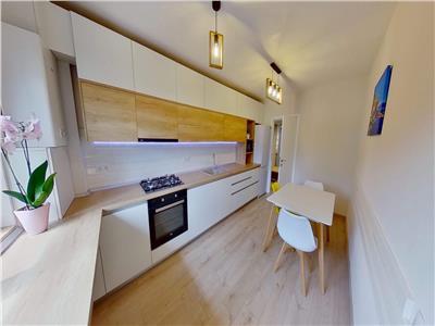 Apartament cu 2 camere lux de inchiriat, in bloc nou, in 7 Noiembrie