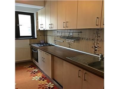 Apartament cu 3 camere, de inchiriat in Apusului Residence