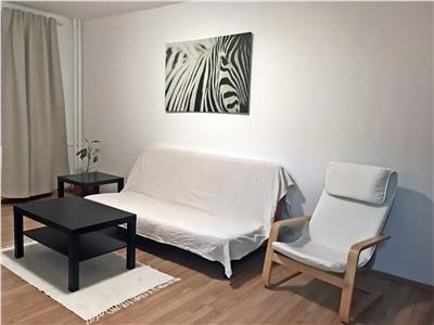 Apartament cu 3 camere, decomandat de inchiriat - Zona Uverturii
