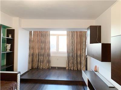 Apartament cu 3 camere, deosebit de vanzare in Militari - Apusului