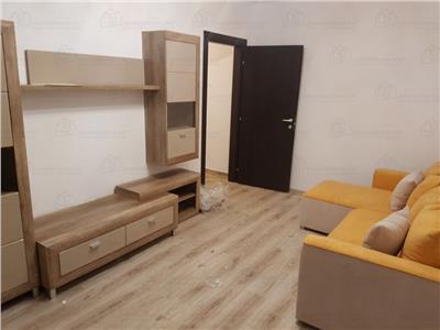 Apartament cu gradina si loc de parcare, prima inchiriere.