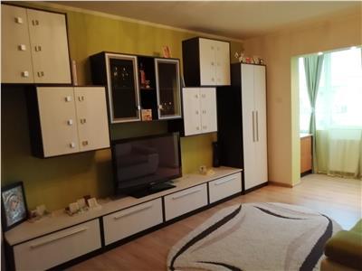 Apartament de vanzare cu 2 camere, mobilat complet, zona Unirii