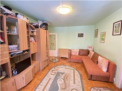 Apartament de vanzare cu 2 camere, semidecomandat, in 7 Noiembrie