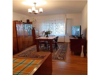Apartament de vaznare cu 3 camere, zona unirii