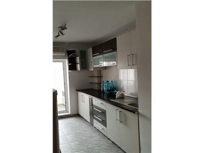 Apartament deosebit 2 camere decomandat ,zona sirus marasesti an 1987