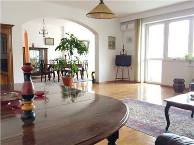 Apartament deosebit 5 camere kiseleff aviatorilor