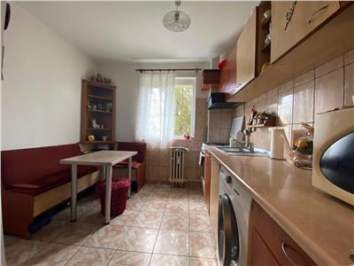 Apartament doua camere, mobilat si utilat, zona Nord, Ploiesti.