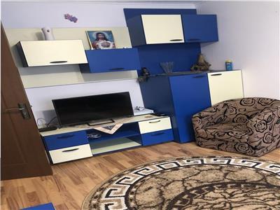 Apartament doua camere, nedecomandat, mobilat, utilat, zona Nord.