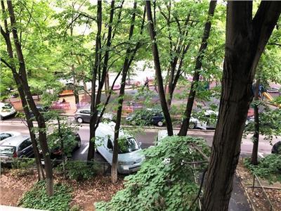 Apartament in zona verde, peste drum de Parcul Gheorghe Patrascu.