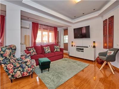 Apartament lux 3 camere vanzare