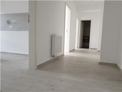 Apartament spatios cu 3 camere, 2 bai si 2 balcoane in Avantgarden