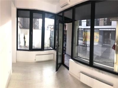 Apartament superb pentru birou sau sediu firma.Studio foto.Sala Radio.