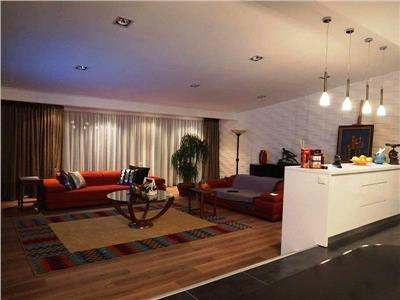 Apartament tip penthouse herastrau-nordului- sat francez