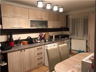 Apartament 2 camere, renovat,mobilat si utilat la cheie !