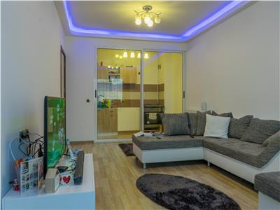 VAND URGENT apartament 3 camere, 2 bai langa CORESI MALL