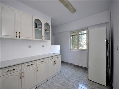 Calea Calarasi Hyperion apartament 3 camere