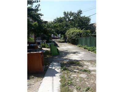 Calea calarasilor,casa 3 camere,curte 600 mp