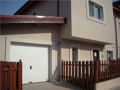 Casa cocheta cu 3 dormitoare si gradina in cartier Pipera.