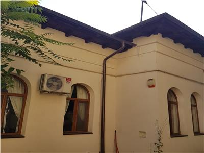 Casa de vanzare in zona Ultracentrala