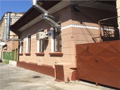 Casa de vanzare Unirii 4 camere parter si mansarda