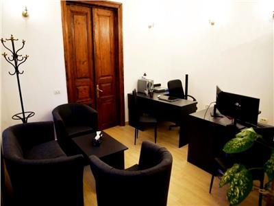 Casa proaspat renovata cu curte proprie ideala birouri basarab