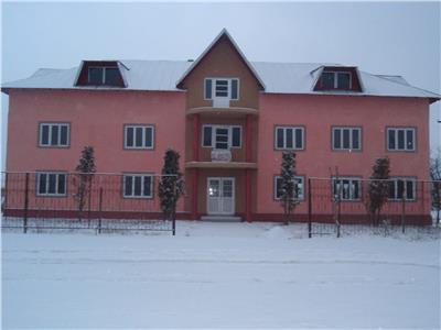 Casa S+P+E+P cu 16 camere - Comisani