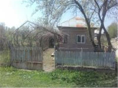 Casa+teren generos de vanzare