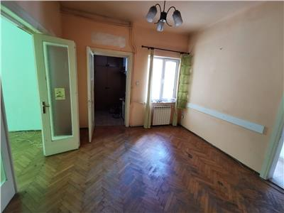 Cladire cu 3 apartamente Cantemir - Marasesti