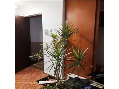 Cora Lujerului, apartament 4 camere,loc parcare,oportunitate