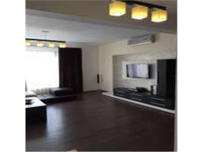 De inchiriat apartament  cu 4 camere ultralux central Pitesti