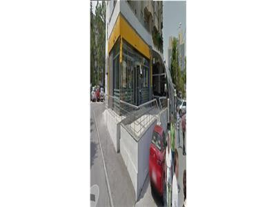 De inchiriat spatiu comercial (fost sediu banca) - Craiova