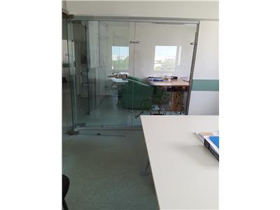 Vanzare apt 4 camere, central, amenajat pentru birou Bucuresti