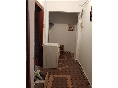 De vanzare apartament 2 cam  cf 2 trivale etaj intermediar  la cheie